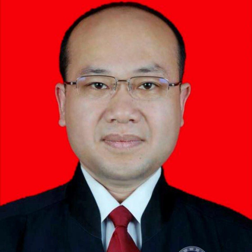 王兴翔律师